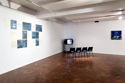 Vue de l'exposition Jean-François Lyotard and Jacques Monory : Screens Space Studios, Londres UK, 2013